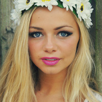 Large Daisy Flower Crown oversized floral crown by FairyRingsShop