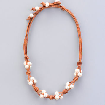 Women Pearl Necklace Pearl Chokers Freshwater Pearl Leather Collar Necklace Classic Natural Pearls Knot Necklace Gift