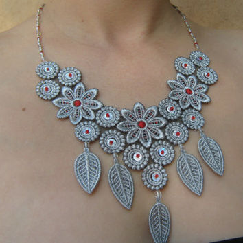 Beautiful silver lace necklace Bridal necklace Wedding jewelry Bridal lace necklaces Leaf necklace Flower necklace Sequins jewelry