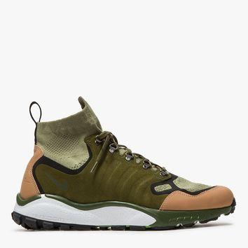 Nike / Air Zoom Talaria Mid Flyknit Premium in Palm Green