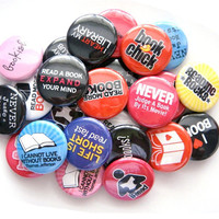 Book Love - Set of 24 - Pinback Buttons - Party Favors - I Love Reading - Geek - Nerd