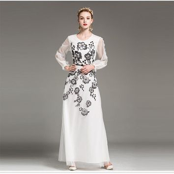 2018 New Pretty Embroidery Maxi Mesh Dress European Hot Selling Full Sleeve O_neck Floor-Length Sweet Long Dress With Sashes