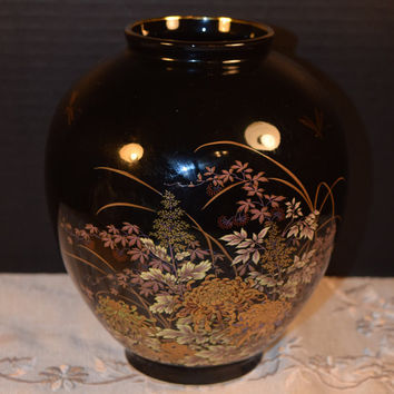 Shibata Japanese Black Ginger Jar Vintage Asian Black and Gold Floral Porcelain Vase Japanese Mark Gold Dragonfly Asian Collectible