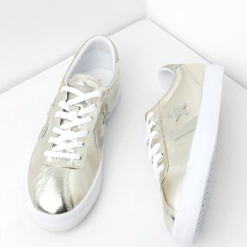Converse Breakpoint OX Sneakers in Gold