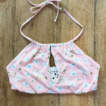 Frankie's Bikinis Koa top in pink pansies