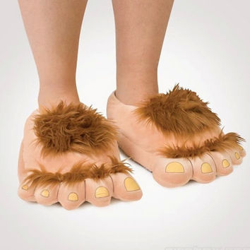Furry Adventure Warm Slippers Fashion Big Hairy Unisex Savage Monster Hobbit Feet Plush Home Slippers Halloween Indoor shoes