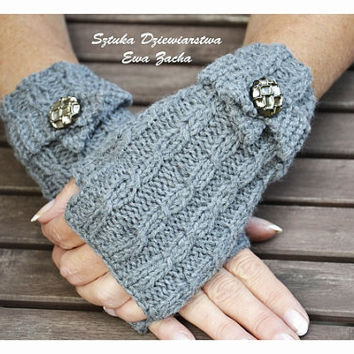 Dark Grey Fingerless mittens with botton, Fingerless mittens ,  gloves, hand knit fingerless mittens, fingerless gloves, knit gloves