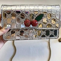 GUCCI 2018 counter female fashion wild handbag shoulder bag F-AGG-CZDL silver