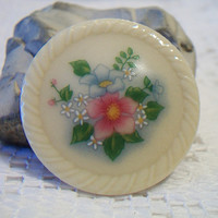 Vintage Avon Round Floral Brooch Pin Flower Disc Costume Jewelry Fashion Accessories For Her