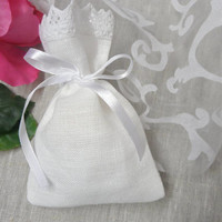 Tea bag favors. 70 Lace favor bags. Small gift bags. White linen bags. Lace bags