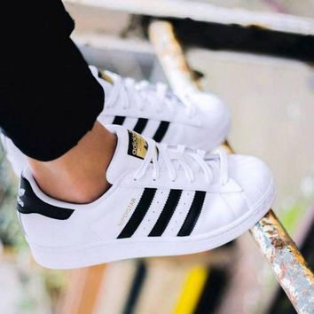adidas fashion shell toe flats sneakers sport shoes white black golden for women