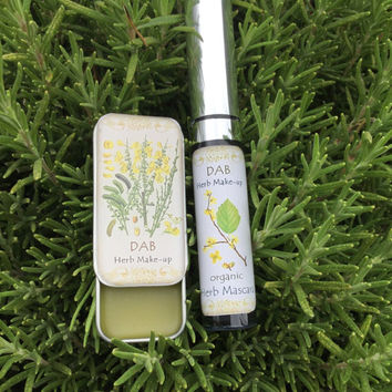 Organic Herb Mascara, 99% Food Grade, TRENDING! Vegan, Organic Black Mascara,  Mica and Oxide Free, Gluten-Free, Nourishing, Strengthening