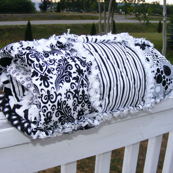 Black and White Baby Rag Quilt, Crib Quilt, Toddler Quilt, Nursery Blanket, 35 X 48. Evening Blooms-Riley Blake, Handmade, Ready to Ship