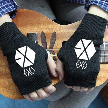 FAN PRODUCTS New fashion Chanyeol Song kpop EXO-K EXO KRIS KPOP LAY GREY GLOVES warm winter wool V k-pop bts got7 vixx Mittens