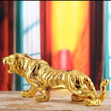Tiger sculpture statue Business gifts lucky crafts living room office creative Home decor Ornament Resin tiger figure 30*9.5cm