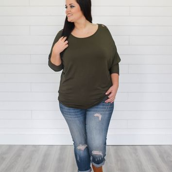 Cut To The Chase Top - Plus - Olive