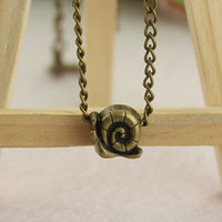 necklace--snail necklace,antique bronze charm bracelet,love jewelry,alloy chain