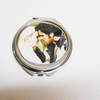 Once Upon A time Abc Emma and Hook double sided compact mirror accessory fairytale jewelry Ouat mirror