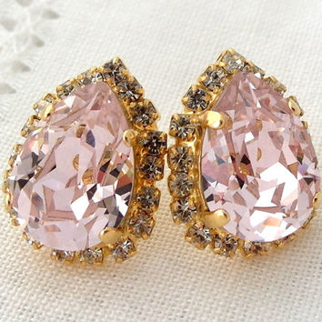 Soft pale blush Pink Swarovski rhinestone stud earrings, Drop earrings, Bridesmaids jewelry, Bridal earrings, Pink studs, wedding jewelry