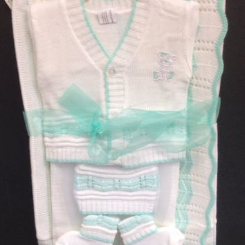 Newborn Baby Boy Girl 5 Piece Gift Set christening baptism brit mila/hat-socks-blanket-tops-pants/xs-s/3 months/green