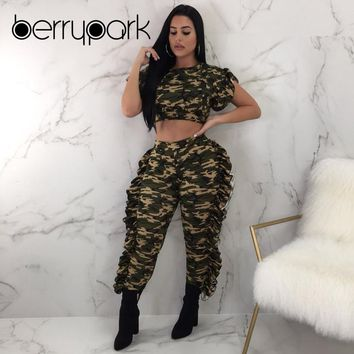 BerryPark 2019 Women Camo Short Sleeve Ruffle Crop Top and Ruched Pants 2 PCS Set Tracksuit Camouflag Running Suit Sport Wear