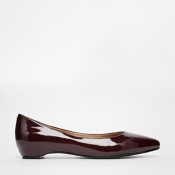 London Rebel Patent Pointed Flat Shoes - Burgundy patent