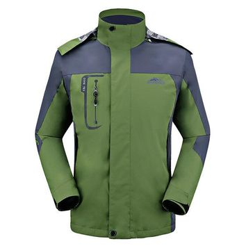 Plus Size Thin Breathable Water Repellent Windproof Detachable Hood Jackets for Men