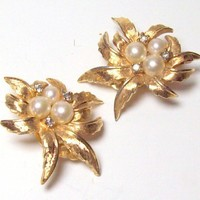 Vintage Jomaz Pearl and Leaf Cluster Earrings