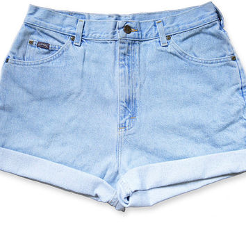 Vintage 90s Lee Light Blue Wash High Waisted Rise Cut Offs Cuffed Rolled Jean Denim Shorts – Size 32