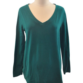 Green V-Neck Long Sleeve T-Shirt by Duo Maternity