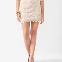 Femme Scalloped Lace Skirt