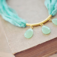 unique statement gemstone fashion necklace fresh mint green faceted chalcedony stones natural silk gold filled chain israel