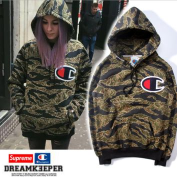 Womens Camoflage Hooded Sweatshirt