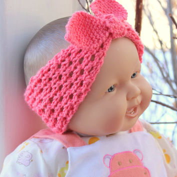 Baby headband. Knit Rosie headband. Baby head wrap. Baby knot headband. Coral wool. Photo prop. Newborn to 18 months.  Baby shower gift.