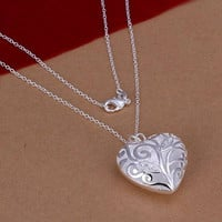 Family Heart Tree Necklace