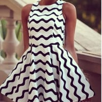 CUTE GRAIN FASHION HOT DRESS
