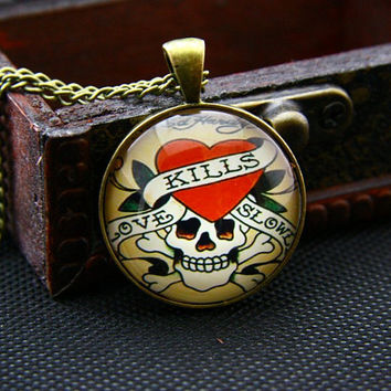 ED Hardy Tattoos Skull Heart Brozen Pendant Necklace