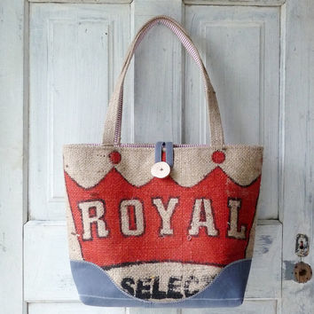 Upcycled LeAH tote. Everyday bag. Book bag. Burlap coffee sack. Red and white striped cotton liner. Navy blue.