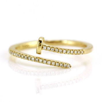 0.07ct Pavé Round Diamonds in 14K Gold Skinny Bend Nail Band Ring