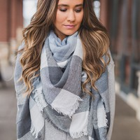 Posy Blanket Scarf (Light Blue)