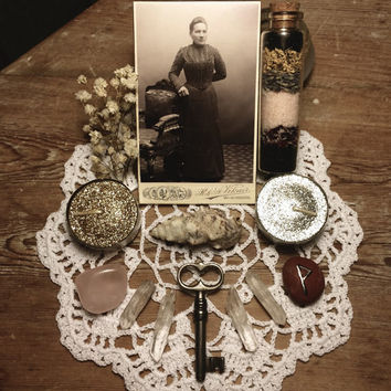 Pagan Altar Love Spell Bundle