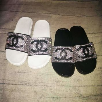 Chanel Women Diamond Shining Sequin Double C Fashion Slippers Sandals B104500-1 Black/White