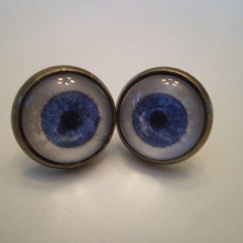 Eyeball post earrings