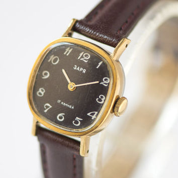 Square women's watch Zarja gold plated black face wristwatch lady watch premium leather strap new