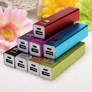 8 Colors Cell Phone USB 2600mAh Power Bank 18650 Battery Charger 53a429014b