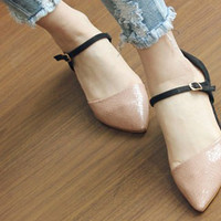 Casual Women's Flat Shoes With Snake Veins and Patent Leather Design