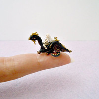 Daenerys Targaryen and Drogon from Game of Thrones - miniature dragon and micro princess