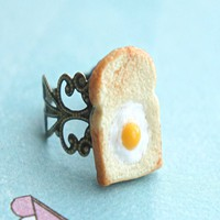 egg in the basket ring