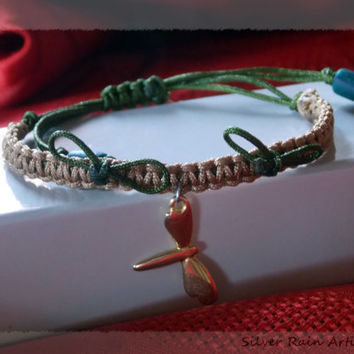 Dragonfly bracelet - macrame bracelet  - friendship bracelet - dragonfly charm - simple bracelet - everyday bracelet - gold & green tone
