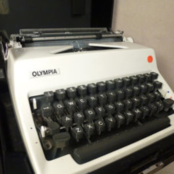 Vintage Typewriter Olympia DeLuxe Typewriter Olympia White Typewriter Germany Manual Typewritrer
